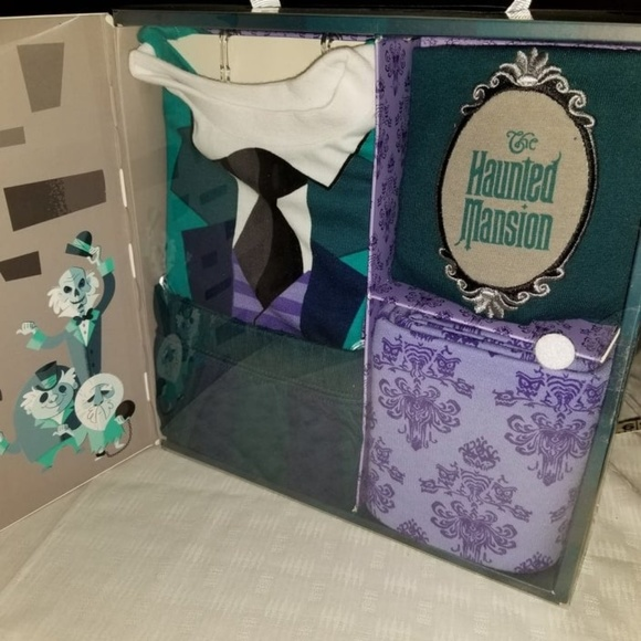 Disney Other - Disney Haunted Mansion Baby Layette 3Mo.